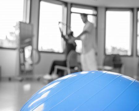 pelota de rehabilitación